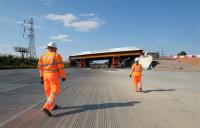 HS2 completes M42 bridge installation ahead of schedule.